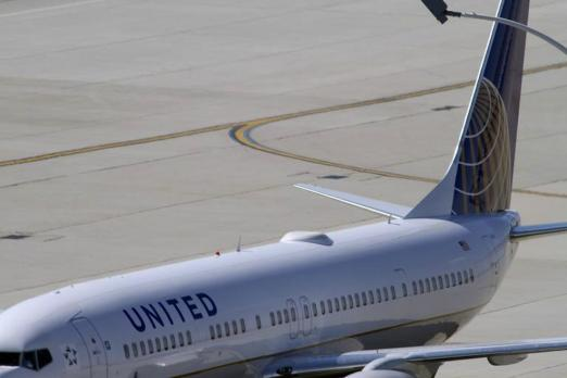 United Airlines Will Soon Accept Frequent Flyer Miles For Wi-Fi Service In Flight