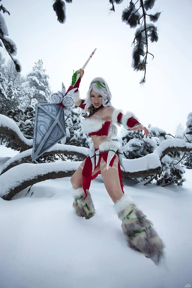 cosplay girls costumes lol nidalee snow bunny league of legends soranosuzu russian cosplayer pic of the day